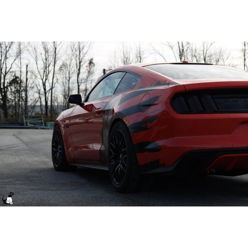 Tattered American Flag Body Graphics (2015-2018 Mustang)